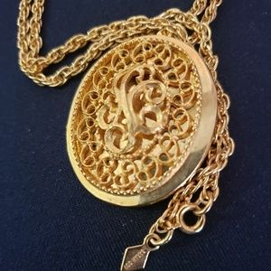 Sarah Coventry vintage locket necklace 70's